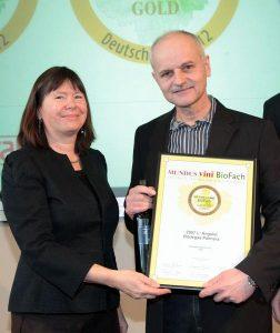 Premio-a-Bodegas-Palmera